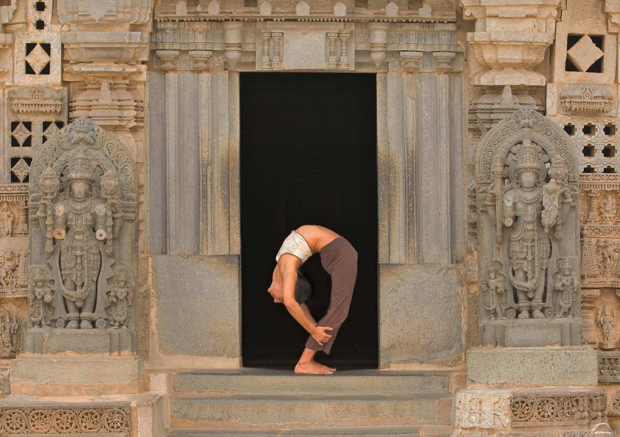 travel yoga backbend india